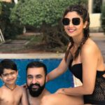 Shilpa Shetty looks hot while on a Vacay for The New Year 2018