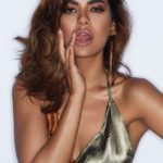 Esha Gupta - Finger Licking Good!